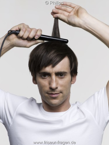 Männer Haare Mit Dem Glätteisen Glätten