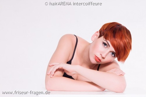 Hairarena Frisuren 2011  Fashion Reds   Hypnotic White     Friseur